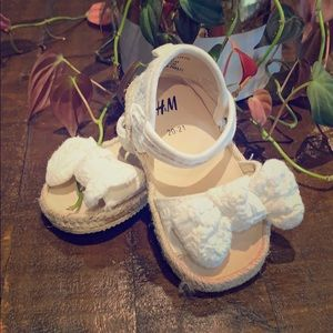 H&M White Bow Sandals